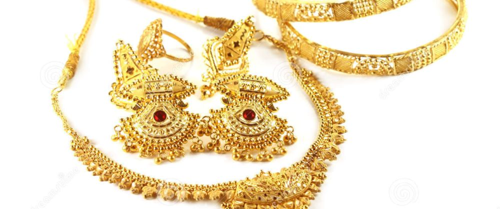 wedding-gold-jewelry-indian-bride-27151950